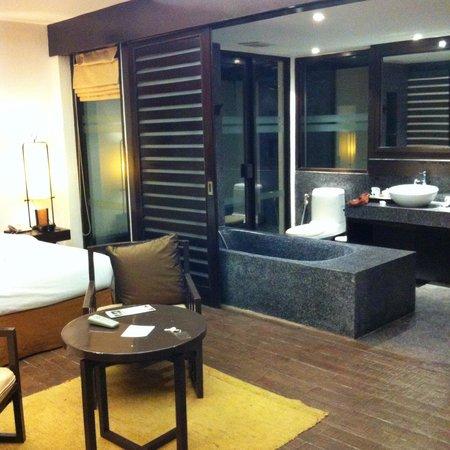 Eurasia Chiang Mai Hotel: Bungalow n*931 salle bain