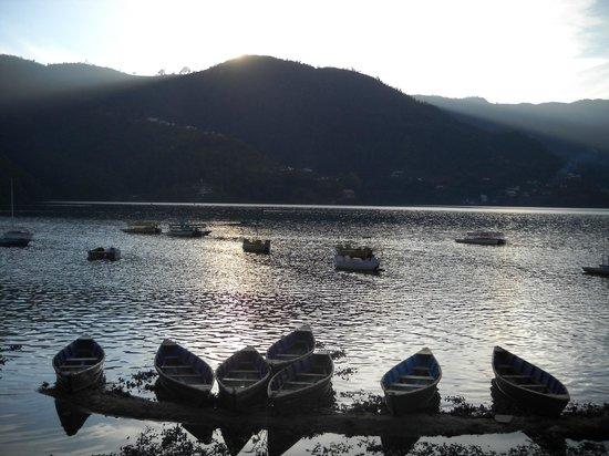 Hotel Tulsi Pokhara Pvt Ltd: Lake nearby hotel 5 min walk