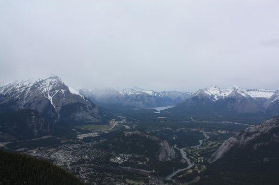 Banff Gondola: Overlooking Banff