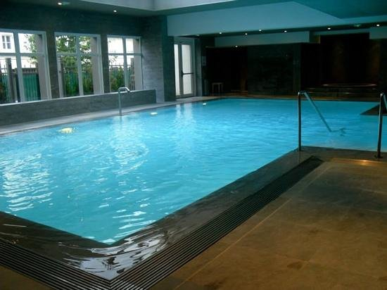 Relais Spa Val d'Europe: pool
