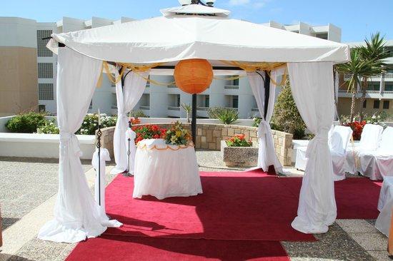 Louis Ledra Beach: wedding