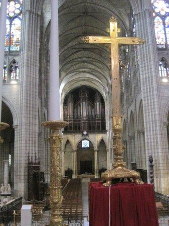 Basilica Cathedral of Saint-Denis: navata