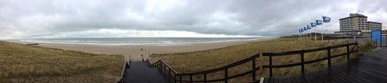 NH Atlantic Den Haag: The beach
