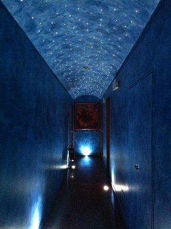 Hotel Sanpi Milano: Der beschriebene Flur :)