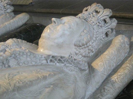 Basilica Cathedral of Saint-Denis: Sepolcro di Maria de Medici