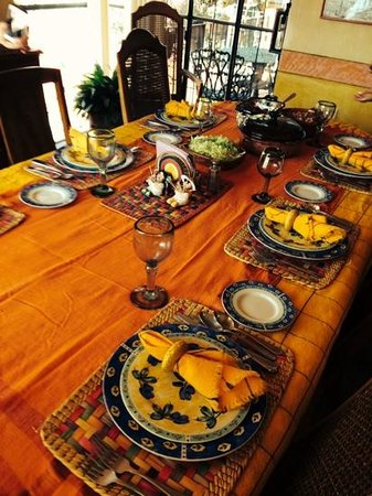 Arcos Del Atascadero: one of our pretty table settings