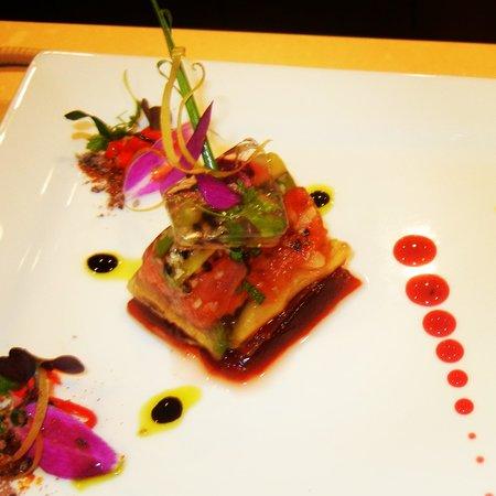 The Garden Grille & Lounge: Ahi Tuna Tartar Fluid Gel