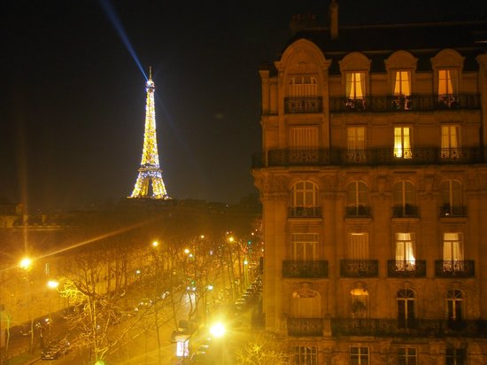 Hotel Duquesne Eiffel : view at night