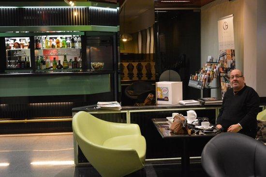 Best Western Hotel Astoria: Bar area