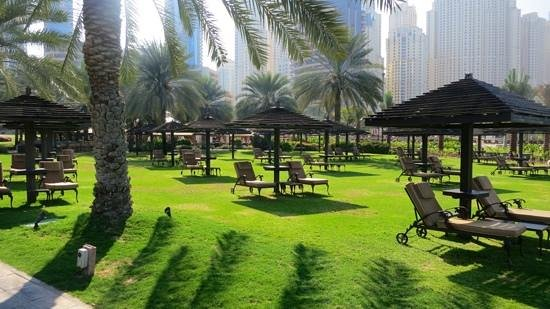 Le Royal Meridien Beach Resort & Spa: Green Area