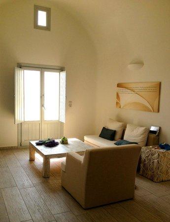Allure Suites: nice room