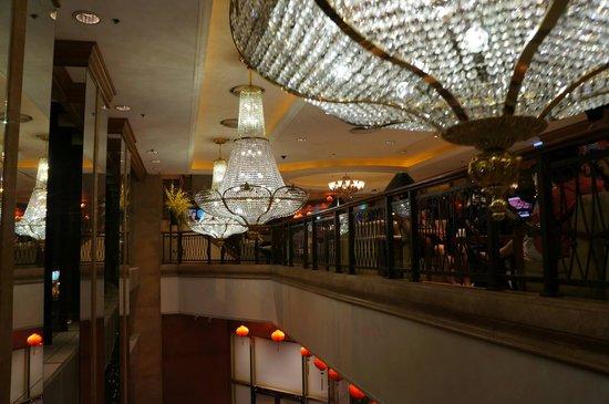 Island Pacific Hotel: lobby do hotel