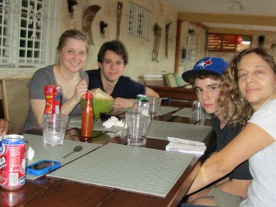 Villa Brisas R.S: Dining on the patio