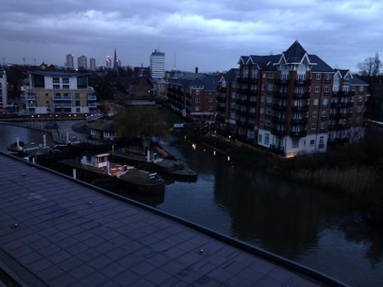 Holiday Inn London - Brentford Lock: view from room 504