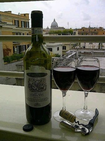 NH Collection Roma Giustiniano : Cheers from our balcony (a view of The Vatican)