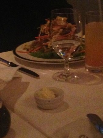 BG - Bergdorf Goodman: Food Envy. My friend was ordered a Thai beef salad which looked Lush & vibrant. I  would have lo