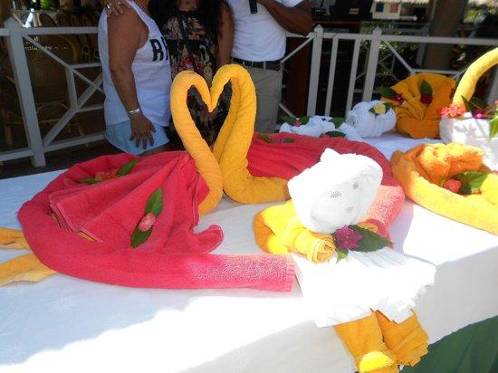 Grand Bahia Principe San Juan: more towel sculptured