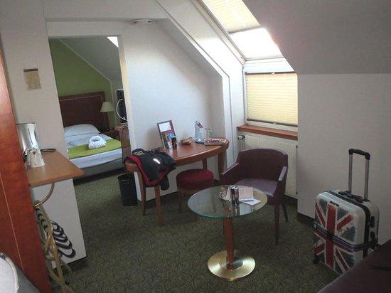 """Hotel Mercure Wien Westbahnhof: Room 604 """"studio"""""""