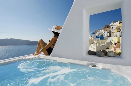 Art Maisons Luxury Santorini Hotels As Oia Castle Honeymoon Suites