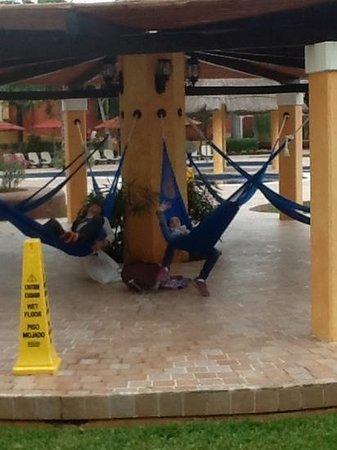 The Royal Haciendas All Suites Resort & Spa: hammocks