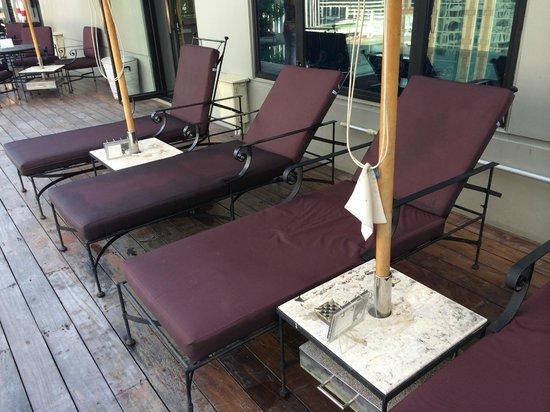 Hotel Muse Bangkok Langsuan - MGallery Collection: schwarz vor Fett Sonnencreme und Schmutz