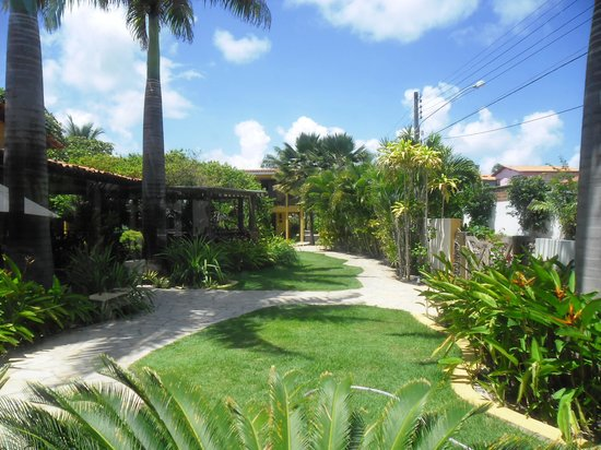 Hotel Aconchego Porto de Galinhas: Foto dos jardins do Hotel.