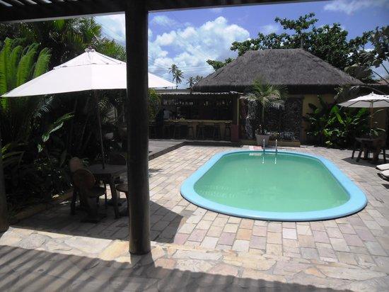 Hotel Aconchego Porto de Galinhas: Foto da entrada do Hotel - Bar e piscina.