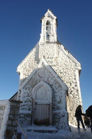 Wendelstein: г.Вендельштайн, Бавария. обледеневшая церквушка