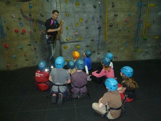 Chill Factore : Climbing Party