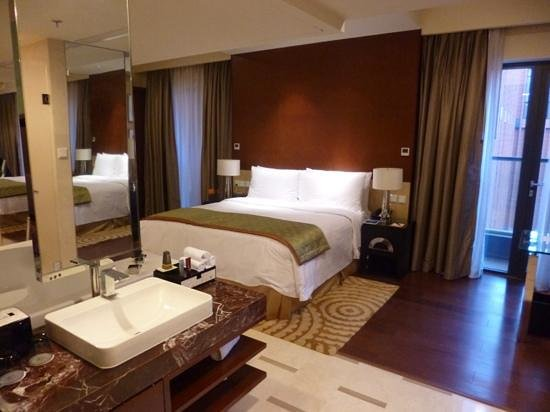 The Imperial Mansion, Beijing Marriott Executive Apartments : room