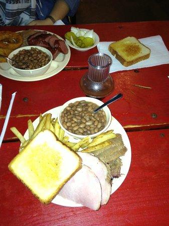 Hammond's B B Q: 2 meat plate: Beef brisket, ham, fries, pinto beans, Texas Toast
