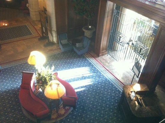 The Fairmont Hotel Macdonald : Lobby