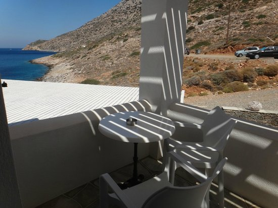 Delfini Hotel Sifnos: Private balcony.