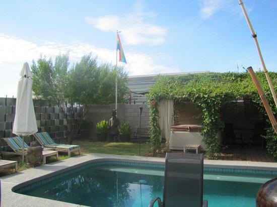 ZenYard Guest House: la piscine du ZenYard