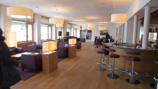 Golf-& Sport Hotel Hof Maran: Der einzige schöne Raum- die Lounge