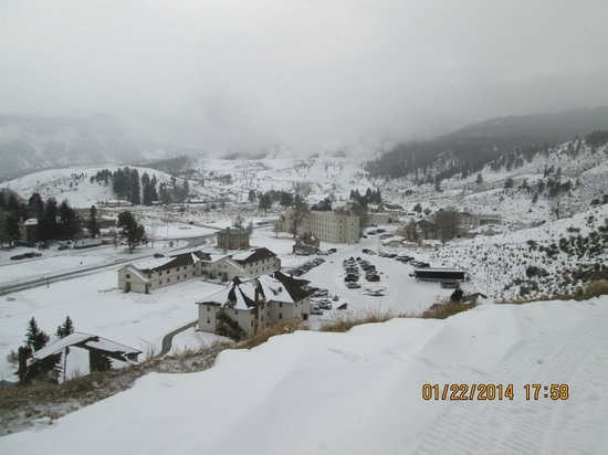 Mammoth Hot Springs Hotel & Cabins : View from snowshoe trail.