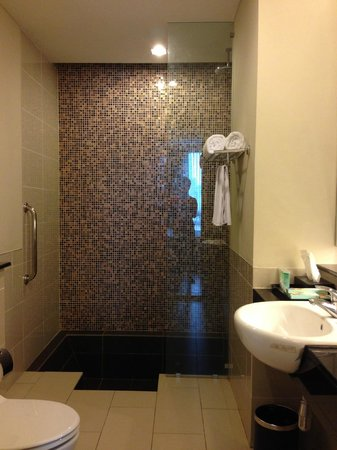 The Residences @ Swiss-Garden Hotel & Residences Kuala Lumpur: Apartment 2403 North Tower (One BR Executive)