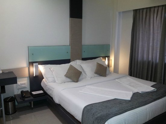 Skylark Business Hotel & Vista Rooms