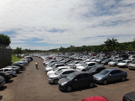 Olimpia: Estacionamento gratuito