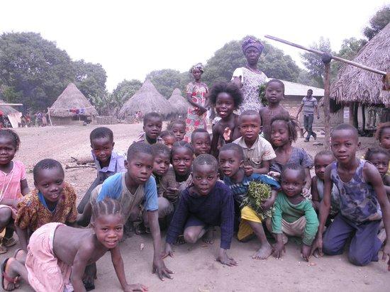 Sierra Leone: Деревушка в глубинке