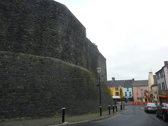 Athlone Castle Visitor Centre : Athlone Castle Outer Wall