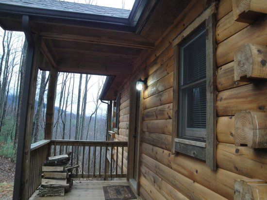 Lydia Mountain Cabins: Beautiful Cabin, inside and out.