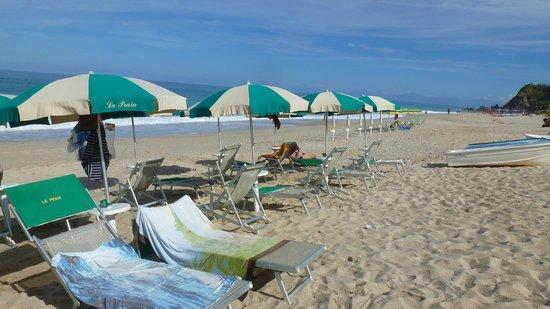 Hotel La Praia: la spiaggia dell'hotel