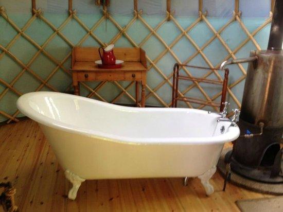 Yurtworks: bath yurt