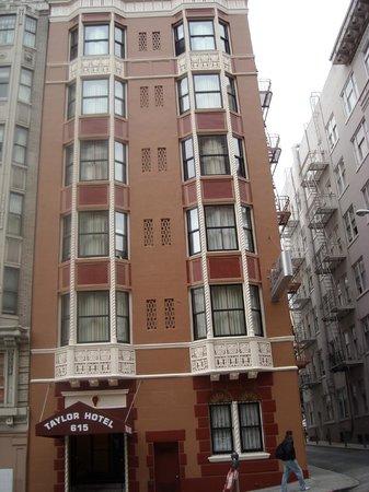 Taylor Hotel: Outside