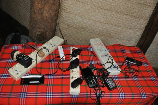 Crater Forest Tented Lodge: gsm-tablet-camera ....