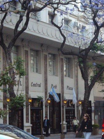 Unique Executive Central: fachada do hotel