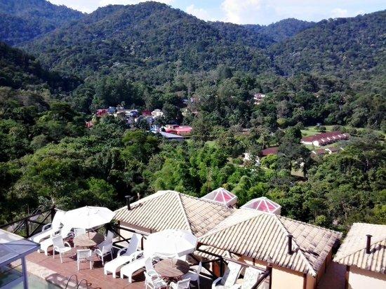 Pousada Terraco Penedo: Vista da sacada do quarto - Serra da Índia