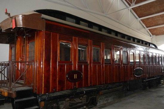 Museu del Ferrocarril : Vagón de pasajeros más grande
