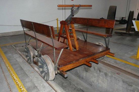 Museu del Ferrocarril : Máquina de tracción manual para transporte de material